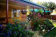 Cairns Bed and Breakfast - Wagga Wagga Accommodation