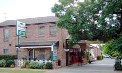 Cedar Lodge Motel - Wagga Wagga Accommodation