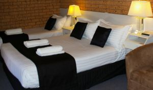 Golden Harvest Motor Inn - Wagga Wagga Accommodation
