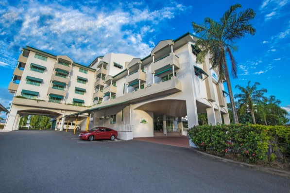 Cairns Sheridan Hotel - Wagga Wagga Accommodation