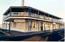 Robe Hotel - Wagga Wagga Accommodation