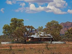 Arkapena Homestead - Wagga Wagga Accommodation