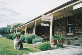 Thomas Henry's Of Port Elliot - Wagga Wagga Accommodation