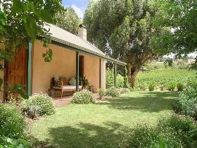 Seppeltsfield Vineyard Cottage - Wagga Wagga Accommodation