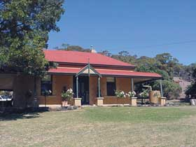 Precious Memories BB - Wagga Wagga Accommodation