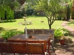 Peppertree Cottage Bed and Breakfast - Normanville - Wagga Wagga Accommodation