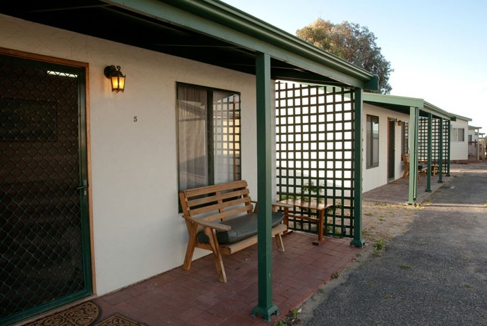 Moonta Bay Road Cabins and Cottages - Wagga Wagga Accommodation