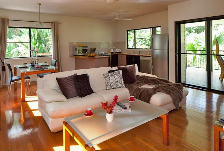Misty Mountains Tropical Rainforest Romantic Retreat - Wagga Wagga Accommodation