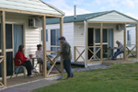 Discovery Holiday Parks Devonport Cosy Cabins - Wagga Wagga Accommodation