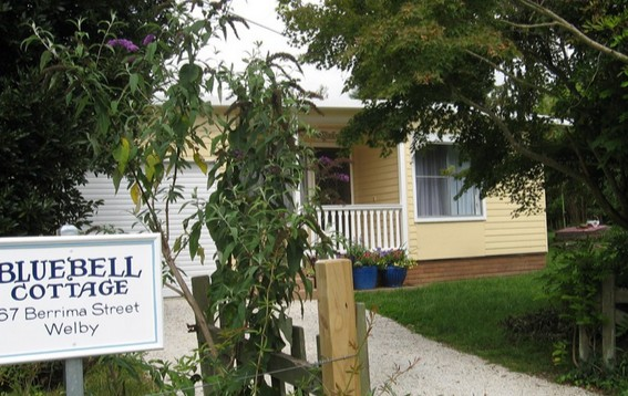 Bluebell Cottage - Wagga Wagga Accommodation