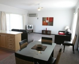 Barham Golden Rivers Holiday Apartments - Wagga Wagga Accommodation