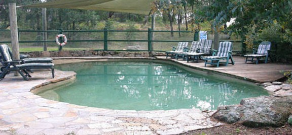 Banjos Bushland Retreat - Wagga Wagga Accommodation