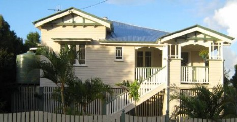Eco Queenslander Holiday Home and BB - Wagga Wagga Accommodation