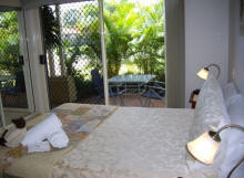 Alexander Lakeside Bed and Breakfast - Wagga Wagga Accommodation