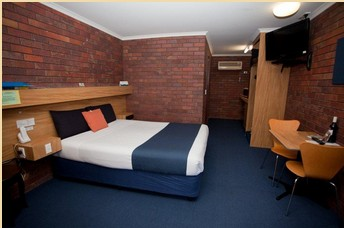 Comfort Inn Blue Shades - Wagga Wagga Accommodation