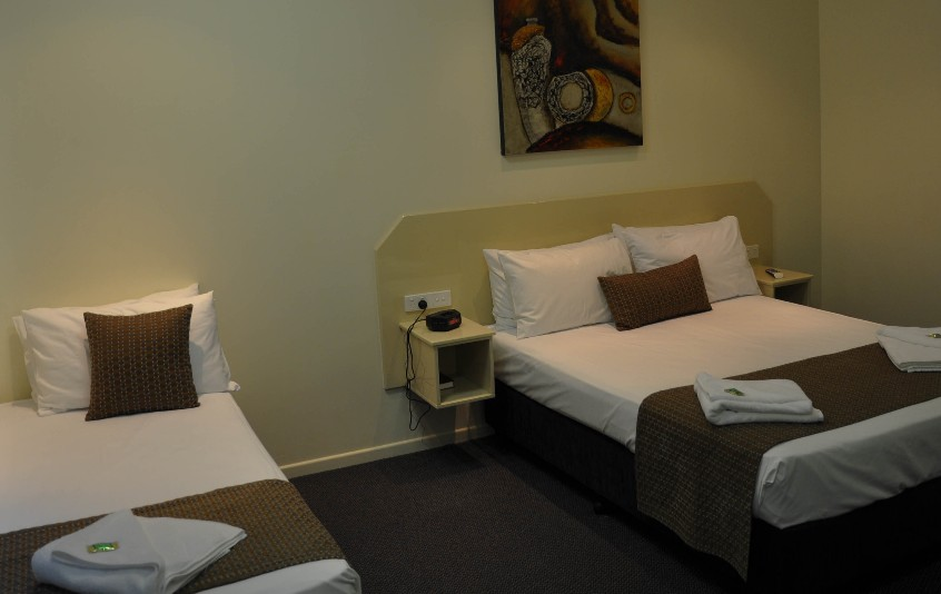 Bluewater Harbour Motel Bowen - Wagga Wagga Accommodation