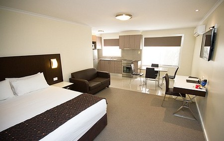 Country Comfort Premier Motel - Wagga Wagga Accommodation