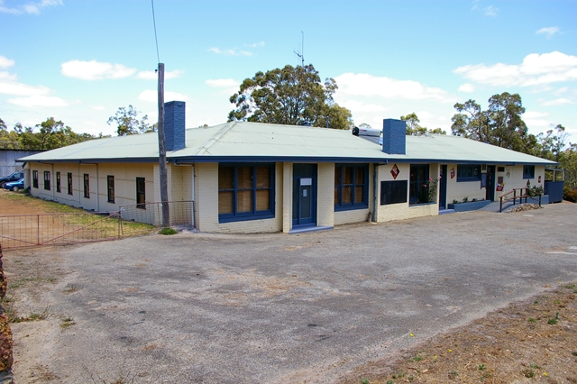 Rocky Gully Pub - Wagga Wagga Accommodation