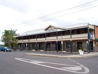 Crown Hotel Motel - Wagga Wagga Accommodation