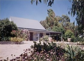 Brackley Cottage - Wagga Wagga Accommodation