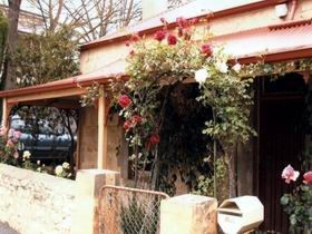 Bluebird Cottage - Wagga Wagga Accommodation