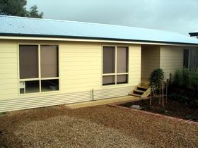 Footsteps At Normanville - Wagga Wagga Accommodation