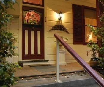 Chalet Blue Mountains - Wagga Wagga Accommodation