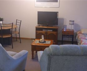 Silwood Park Holiday Unit - Wagga Wagga Accommodation