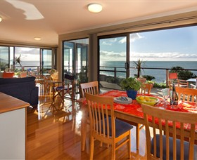 Boat Harbour Beach House - The Waterfront - Wagga Wagga Accommodation