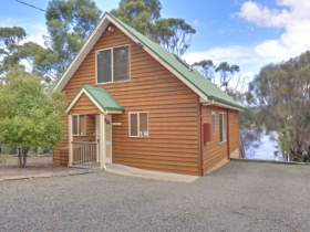 Orford Riverside Cottage - Wagga Wagga Accommodation