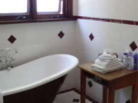 Acorn Cottage - Wagga Wagga Accommodation