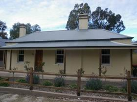 Captain Rodda's Cottage - Wagga Wagga Accommodation