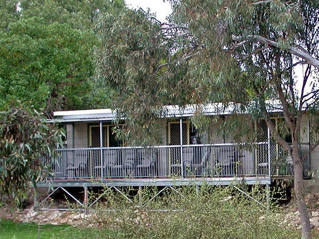 Donald Riverside Motel - Wagga Wagga Accommodation