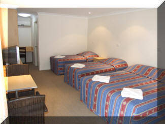 Tenterfield Tavern  Motor Inn - Wagga Wagga Accommodation