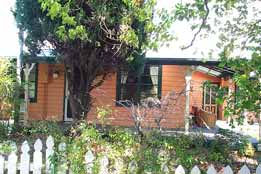 Times Past Bed  Breakfast - Wagga Wagga Accommodation