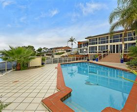 Waterfront Paradise - Wagga Wagga Accommodation
