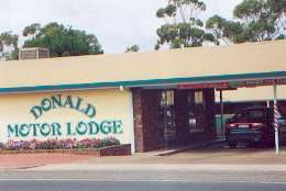 DONALD MOTOR LODGE - Wagga Wagga Accommodation