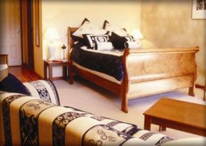 Tuscany Wine Estate - Wagga Wagga Accommodation