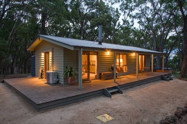 Mirkwood Forest Self-Contained Spa Cottages - Wagga Wagga Accommodation