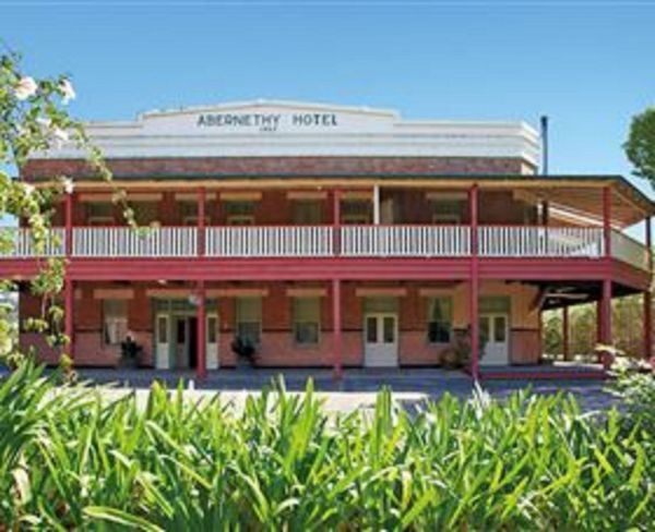 Abernethy House - Wagga Wagga Accommodation