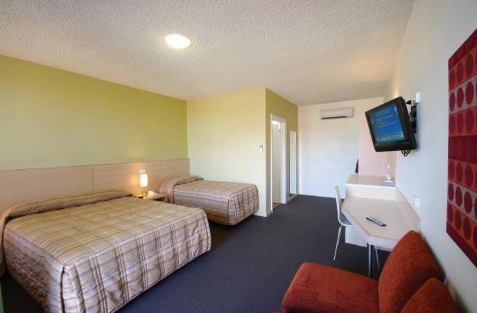 Adelaide Road Motor Lodge - Wagga Wagga Accommodation