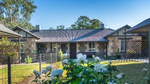 Stoneleigh Cottage Bed and Breakfast - Wagga Wagga Accommodation