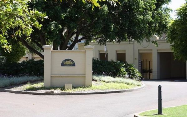 The Lombard Estate Sydney - Wagga Wagga Accommodation