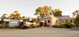 Bellwether Wines - Wagga Wagga Accommodation