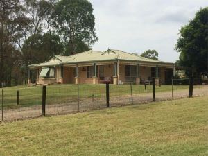Merewether Homestead - Wagga Wagga Accommodation