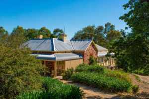 Red Gum Retreat - Wagga Wagga Accommodation