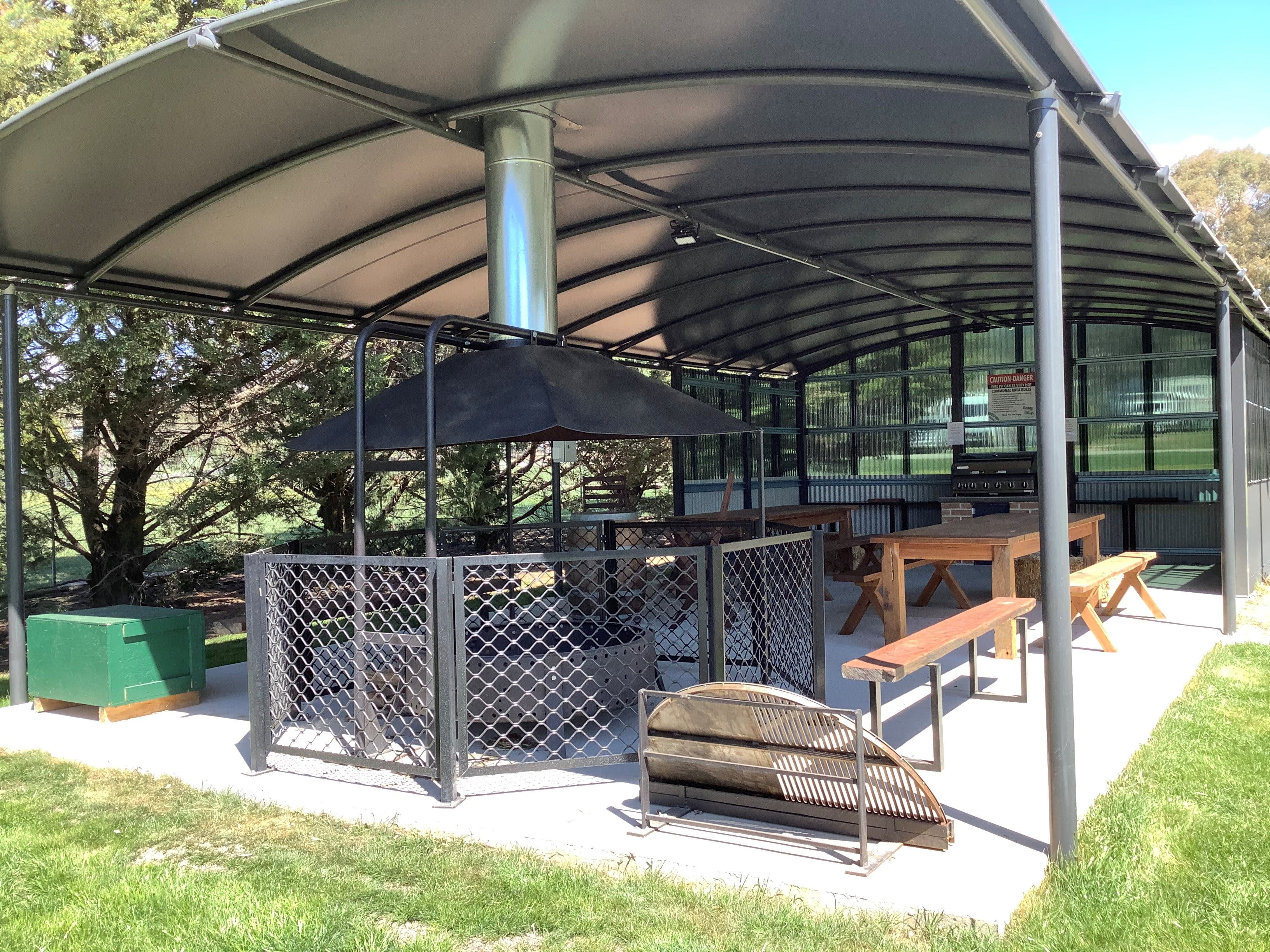 Blayney and Villages Tourist Park - Wagga Wagga Accommodation