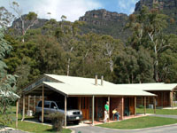 Halls Gap Log Cabins - Wagga Wagga Accommodation