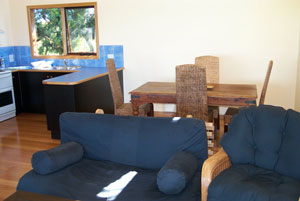 Black Cockatoo Cottages - Wagga Wagga Accommodation
