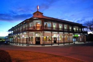 Grand Terminus Hotel - Wagga Wagga Accommodation
